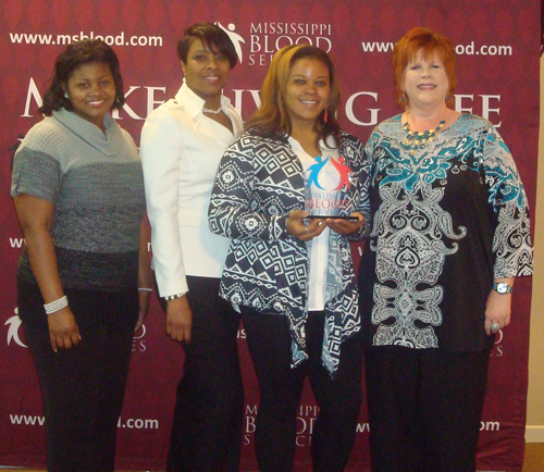 Holmes receives Community College of the Year Award by the Mississippi Blood Services