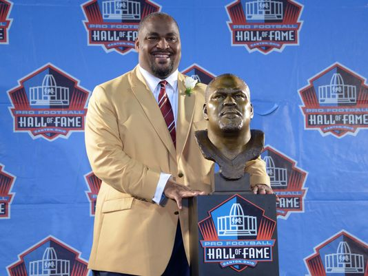 Walter Jones enshrined in the Pro Football Hall of Fame